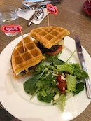 Perfect Waffles - Crispy on the outside, soft inside!