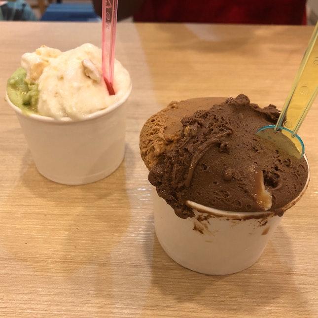 [4oz Cup] Mocha Macnut/Yuan Yang & Kueh Dadar/Parmesan Cheese & Cream Crackers ($5)