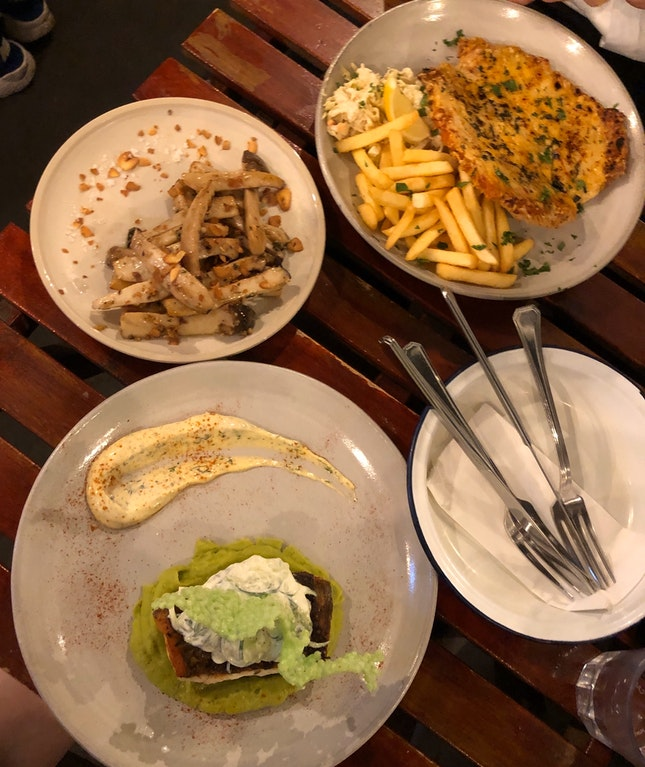 [1 For 1 Main Dish] Delicious Yet Affordable Dinner In CBD