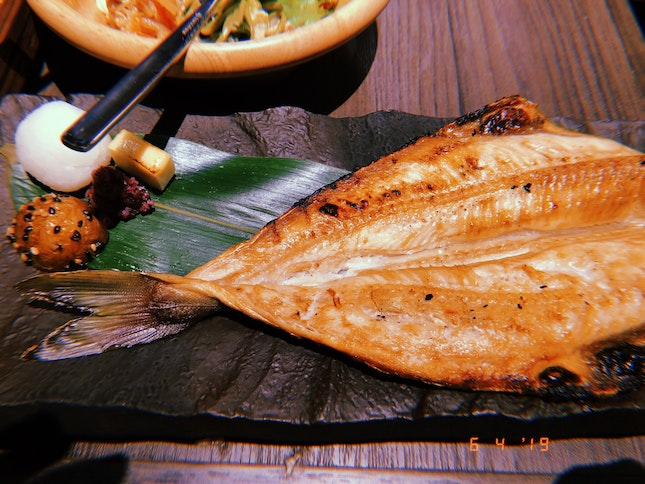 Charcoal Grilled Dried Akta Mackerel Set $14.90++