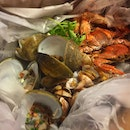 It's seafood galore for tonight's dinner!