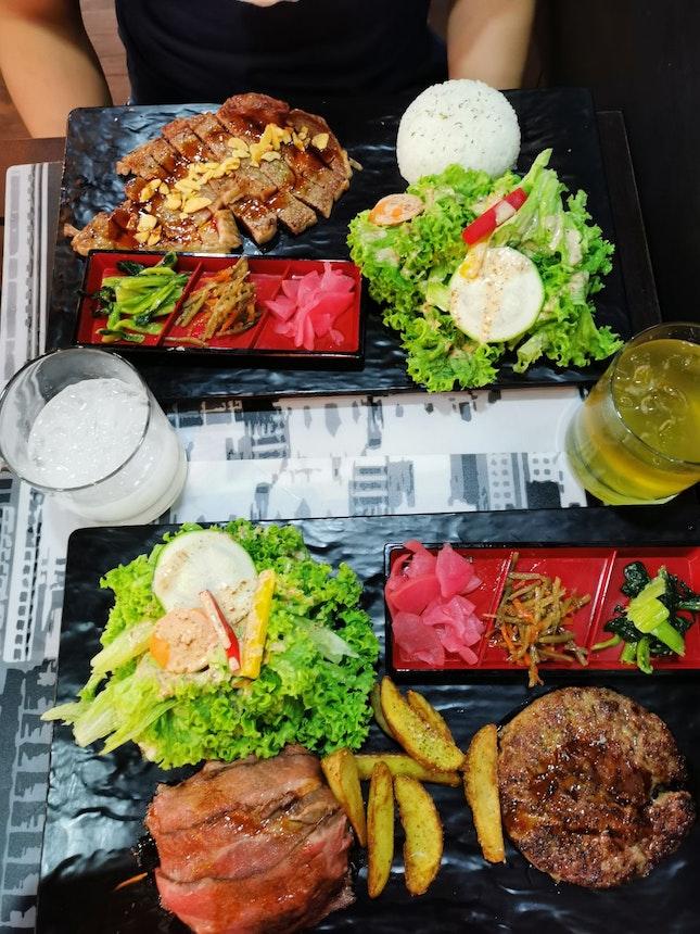 Sirloin Steak set, Wagyu Hamburg Steak with Roast Beef