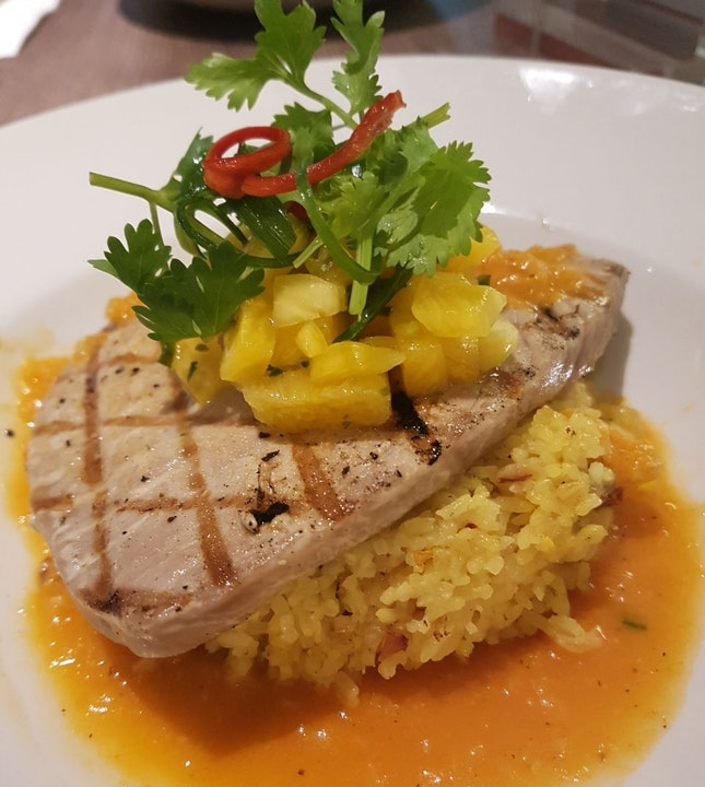Tuna Steak with Pineapple Rice