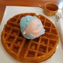 Belgian Waffles With Single Scoop And Tea