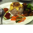 Ujong (Raffles Hotel)