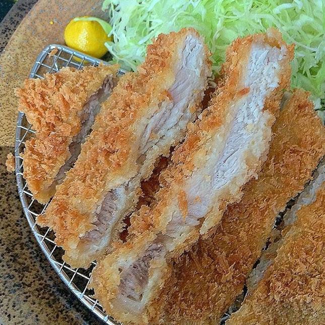 pork loin tonkatsu set @ tonkichi