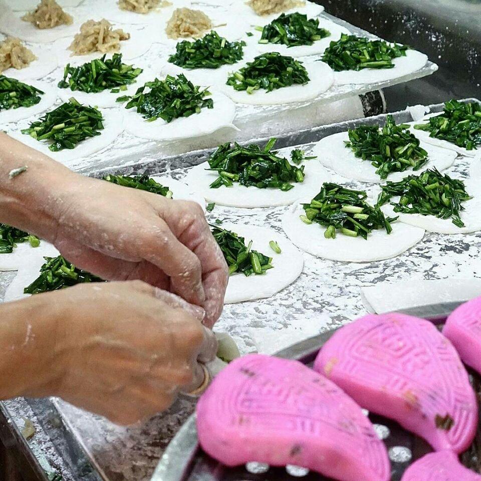 handmade teochew kuehs ($0.70 - $0.90 / pc) @ lai heng
