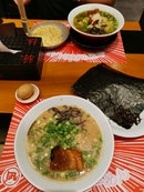 Great bowl of ramen!