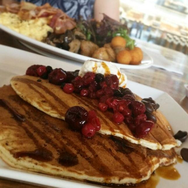 Chocolate & Mixed Berries Pancake