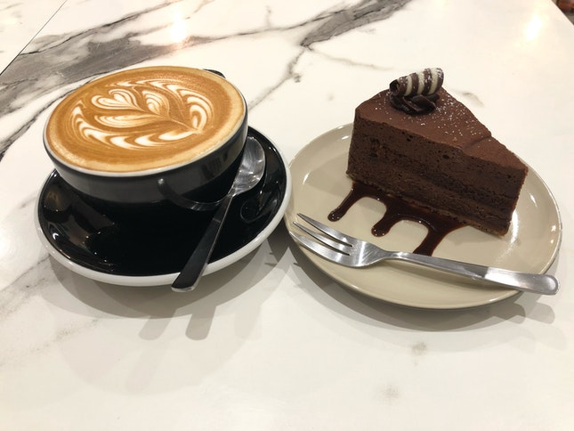 Latte and Chocolate Cake