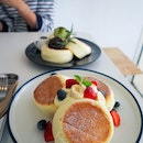 Fuwa Fuwa soufflé Pancake with Fruits