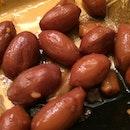 Steamed peanuts, my favorite!