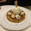 Waffles With Torched Marshmellow