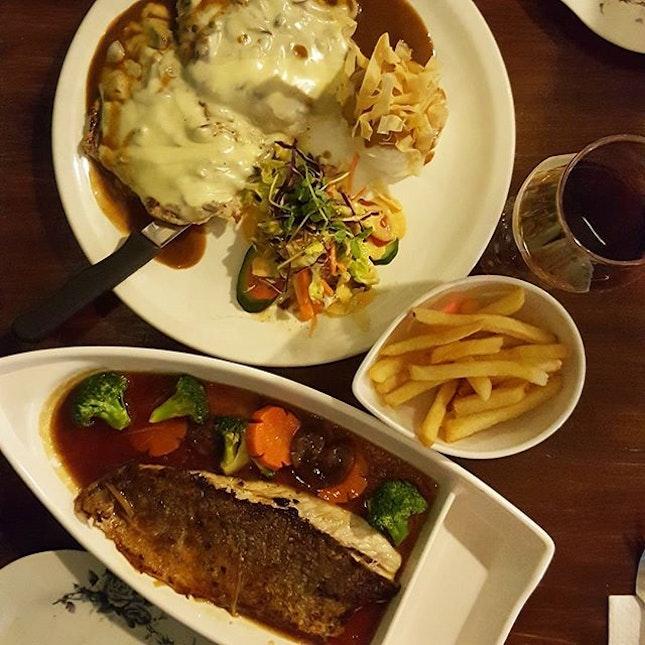 Late Dinner @ Foo House Gastrobar.