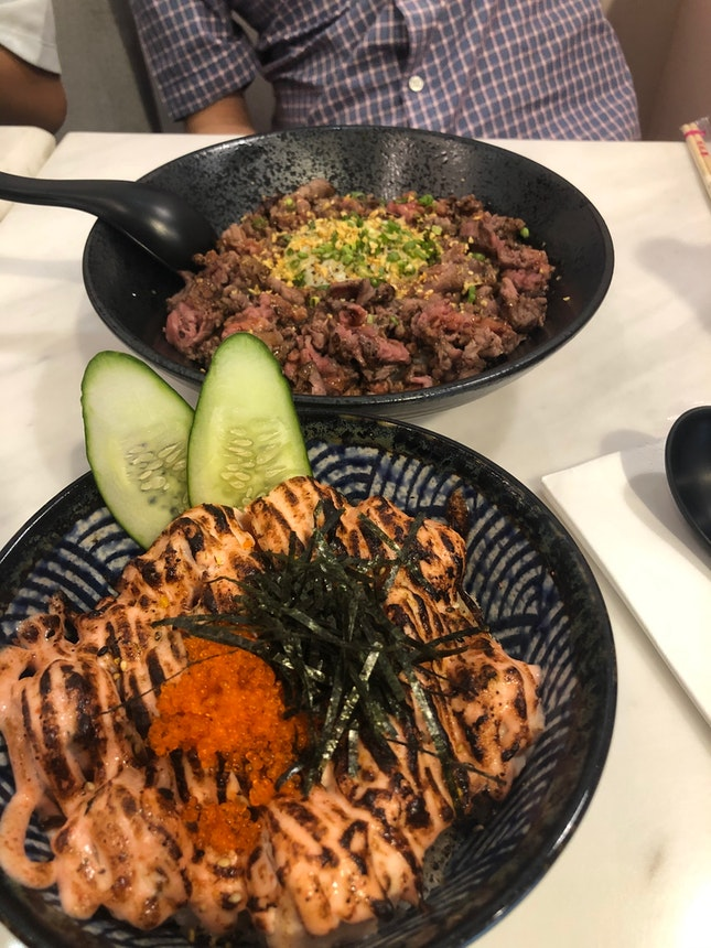 Tuffle Wagyu Don $27.0 (L) And Mentaiko Salmon Don $24.90 (R)