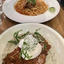 Chilli Crab Pasta & Chicken With Truffle Oil