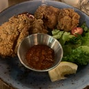 Buttermilk Fried Chicken (3/5)