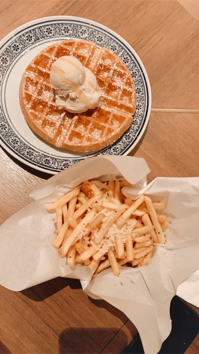 honey cinnamon ice cream waffle ($8.50)