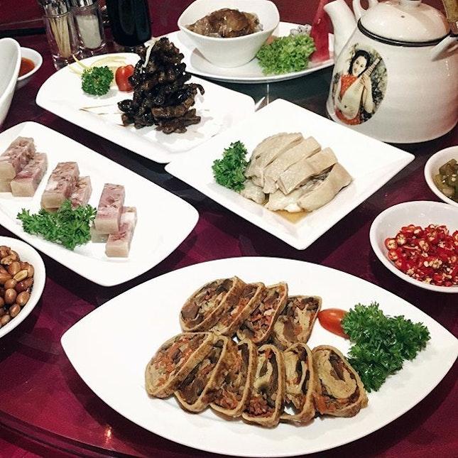 Had a taste of Shanghai cuisine at #grandshanghai, the biggest Shanghai restaurant in Singapore!
