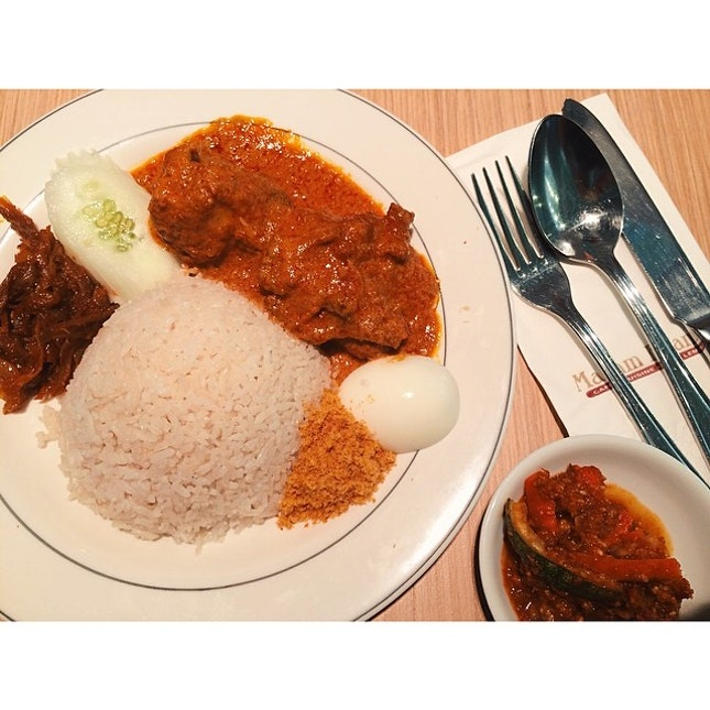Lunch ~ long time no eat Madam Kwan jor ~ #nasilemak #curry #chicken #lunch #food #local