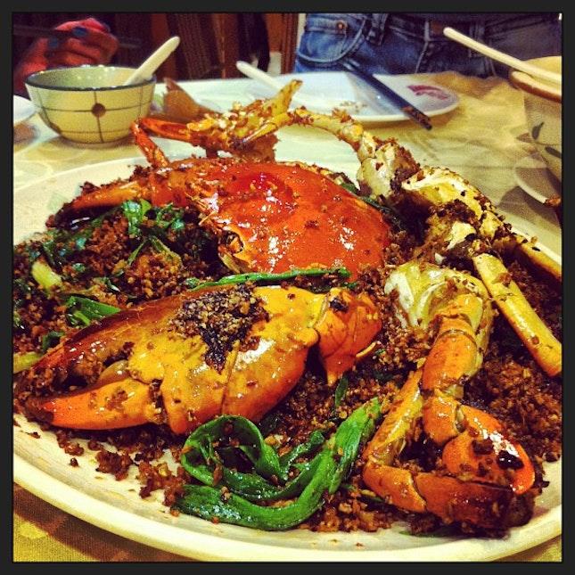 避风塘炒辣蟹 👍✨ 〜 @kimi_jolavine @hinika @mandy__bee  #food #famous #crab #spicy #hongkong #yummy #nice #seafood