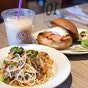 The Coffee Bean & Tea Leaf (Queensbay Mall)