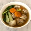 Vegetarian Dumpling Soup