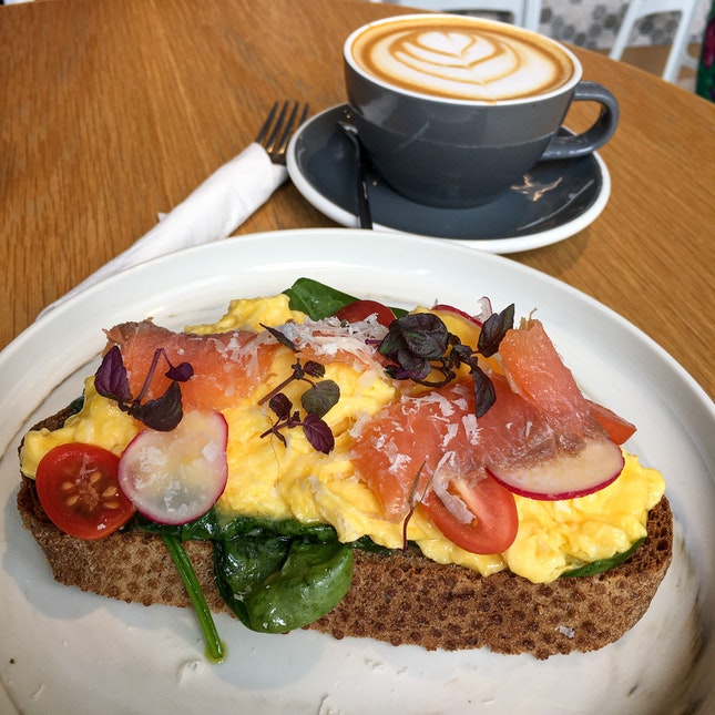 Spinach and Scrambled Egg Toast ($10) and Skinny Latte ($5)
