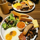 Atas Breakfast Set