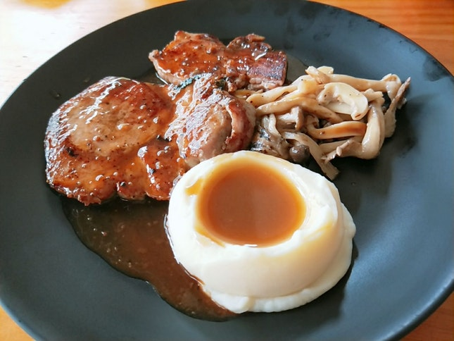 Tender Pork Chop With Yummy Pepper Sauce