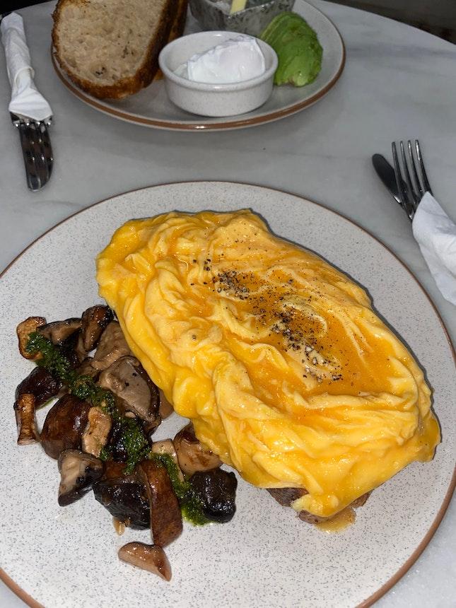 Scrambled Eggs Toast $14