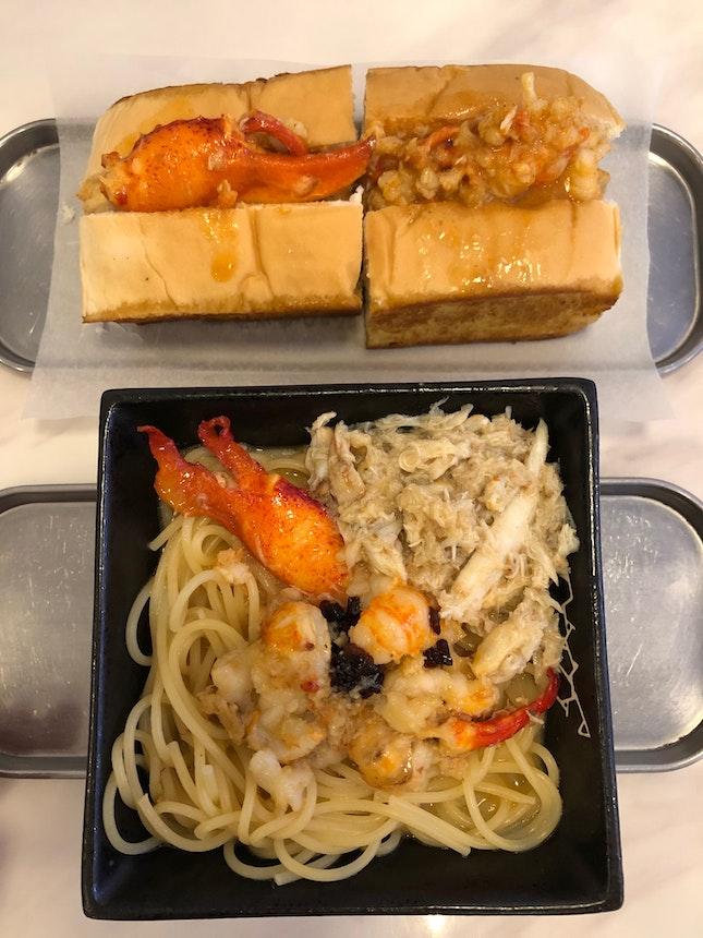 Yummy lobster rolls & pasta!