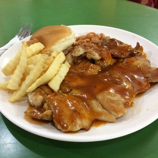 Old school chicken chop @ Ye Lai Xiang Tasty Barbecue.
