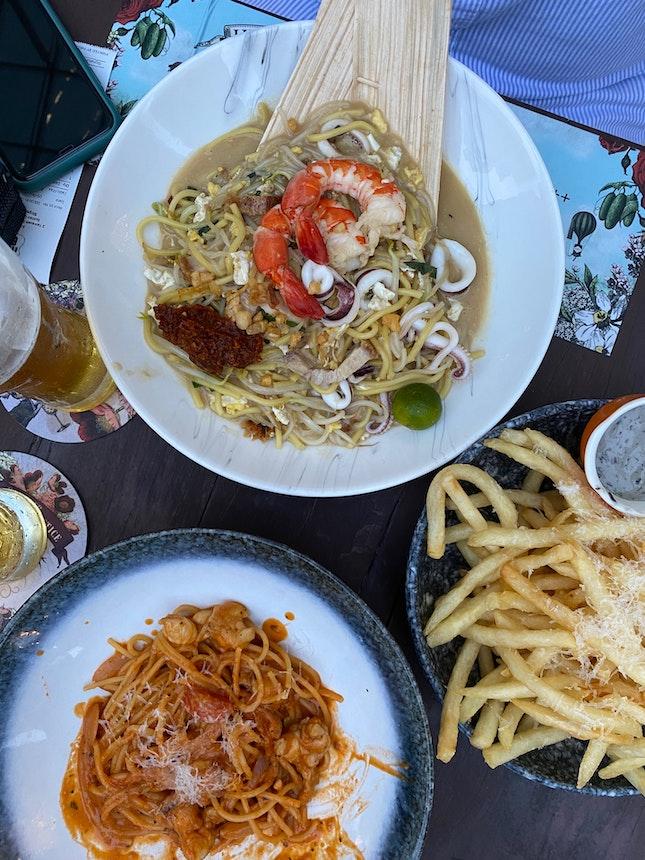 Slipper Lobster Linguine | Hokkien Mee