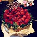 Happy birthday my girl @neslohkuma_4711 #igdaily #instahub #love #foodporn #instafood #picoftheday