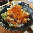 Sashimi Bowl With Brown Rice