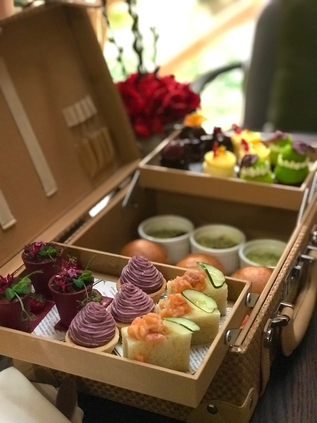 Awesome hightea ! Will Visit Again!