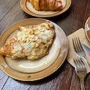 Croissant • Baguette