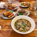 Chinese Thai Food Masquerading As Royal Thai Fare