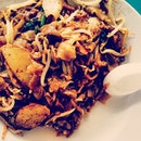 I have never been a huge fan of Char Kway Teow.