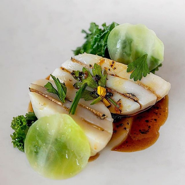 Scottish scallops layered with black truffle - JAAN, Singapore #missneverfull_sg #missneverfull_jaan