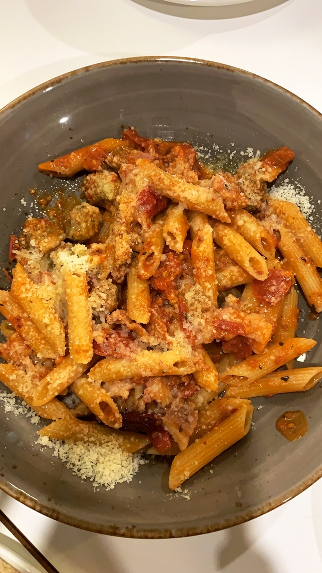 Spicy tomato penne