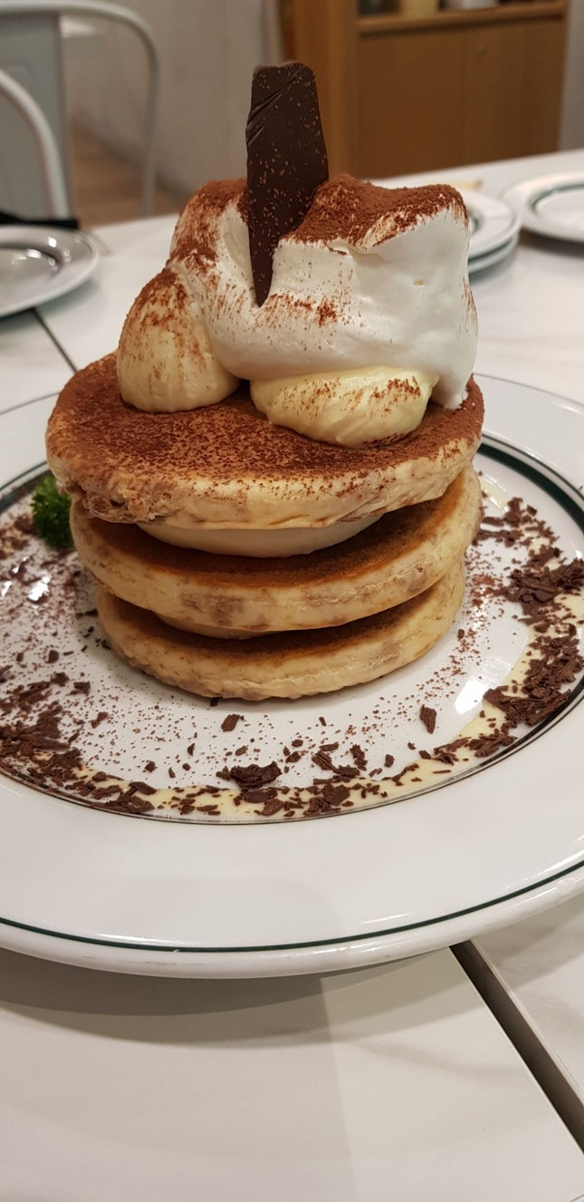 Rich Tiramisu Gram Pancake