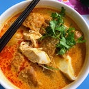 Super shiok Chicken Curry Noodle.