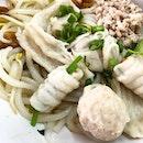 Signature White BTM _ Sliver noodles in soya & lard.