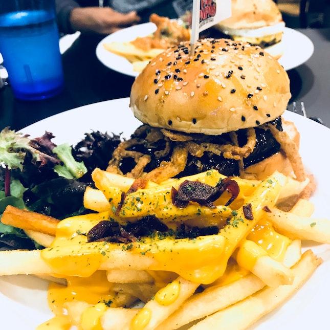 Black Peppercorn Burger