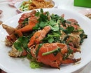 First time having the famous white pepper crab ($64/piece).