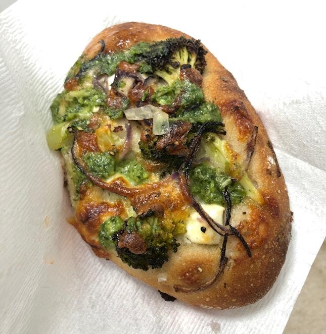 Broccoli, Cilantro Sauce And Mozzarella