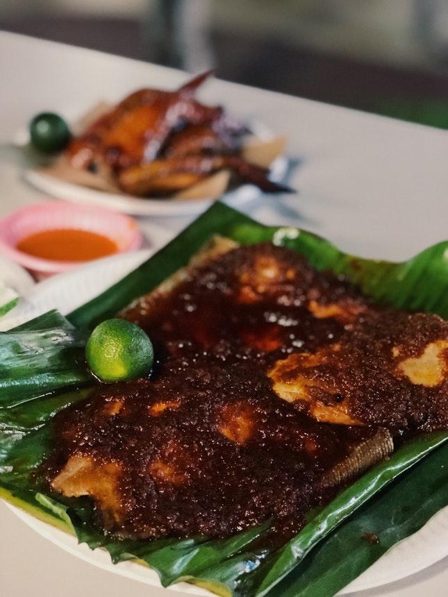 🐟 BBQ sambal stingray (Guan Kee Grilled Seafood)