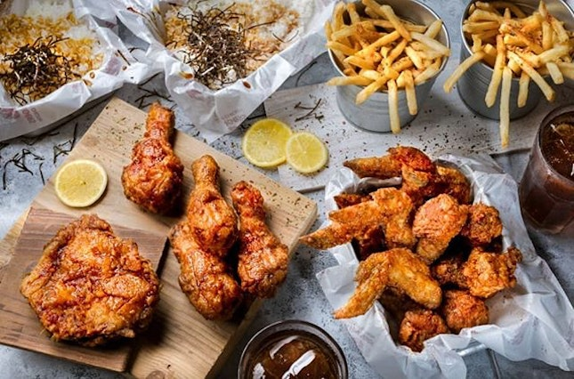 🎁🎁🎁GIVEAWAY 🎁🎁🎁 Craving for some Fried Chicken lately?